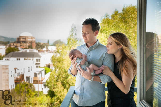 San Francisco Newborn Photography, Amanda Anderson Photography, Palace of Fine Arts Backdrop